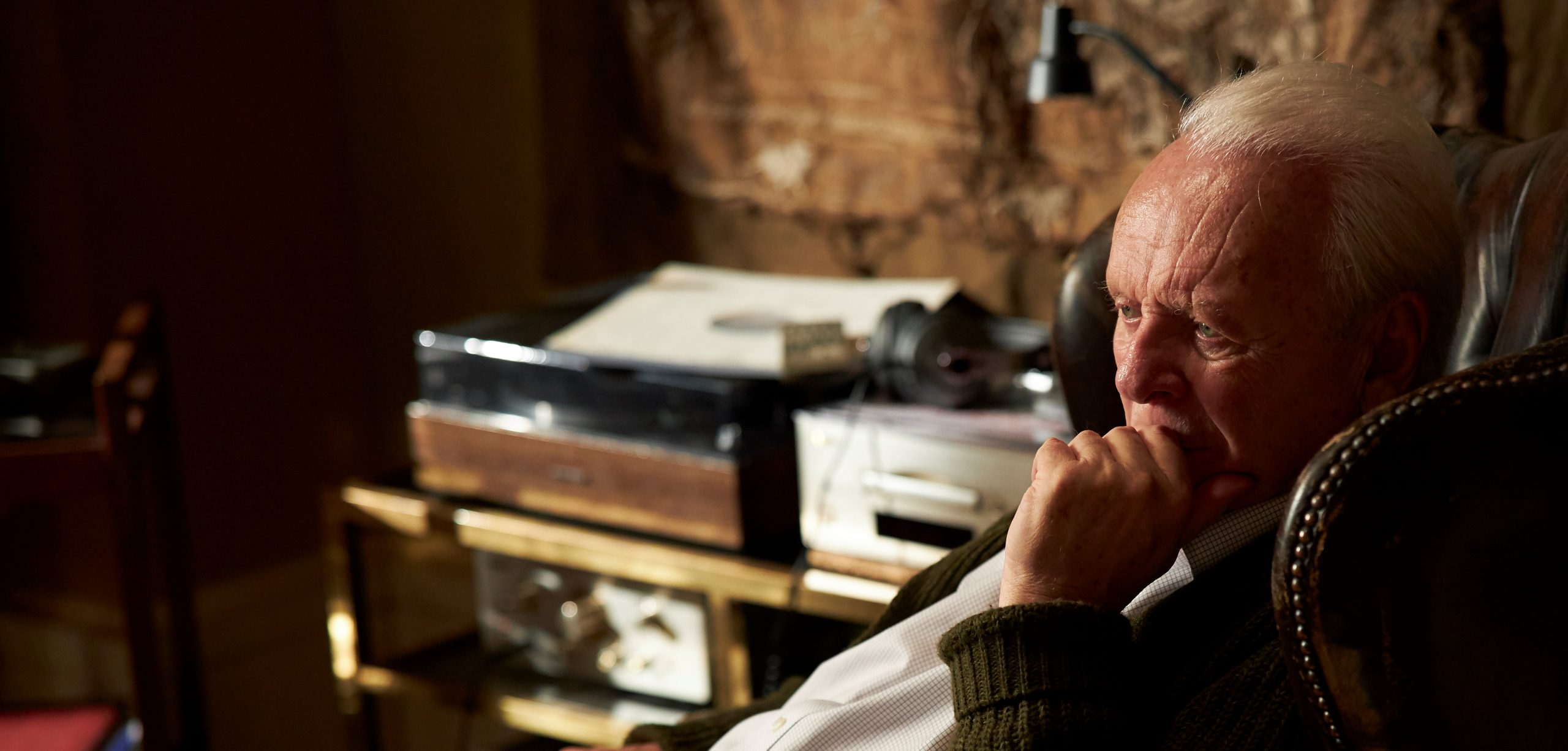 2.-Anthony-Hopkins-as-Anthony-in-THE-FATHER.-Photo-by-Sean-Gleason.-Courtesy-of-Sony-Pictures-Classics-scaled